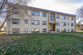 Photo 3: 5615 118 Avenue in Edmonton: Zone 09 Multi-Family Commercial for sale : MLS®# E4266066