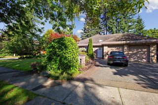Photo 4: 2512 138 Street in Surrey: Elgin Chantrell House for sale (South Surrey White Rock)  : MLS®# R2619054