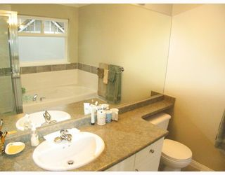 Photo 9: 28 4811 BLAIR Drive in Richmond: West Cambie Townhouse for sale : MLS®# V678064