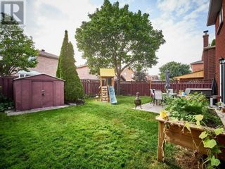 Photo 7: 18 LINDEN LANE in Whitchurch-Stouffville: House for sale : MLS®# N5400142