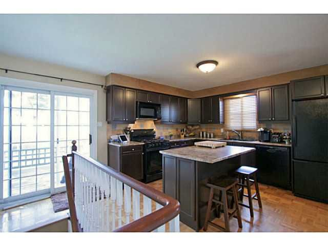 Photo 11: Photos: 5 CAMPFIRE CT in BARRIE: House for sale : MLS®# 1403506