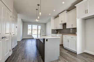 Photo 16: 136 Creekside Drive SW in Calgary: C-168 Semi Detached for sale : MLS®# A1108851