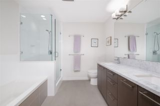"""Photo 25: 403 26 E ROYAL Avenue in New Westminster: Fraserview NW Condo for sale in """"The Royal"""" : MLS®# R2517695"""