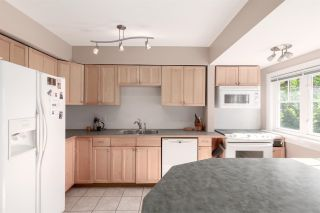 """Photo 11: 2706 W 41ST Avenue in Vancouver: Kerrisdale House for sale in """"Kerrisdale"""" (Vancouver West)  : MLS®# R2583541"""