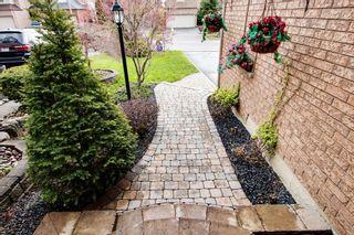 Photo 3: 114 Copley Street in Pickering: Highbush House (2-Storey) for sale : MLS®# E3787337