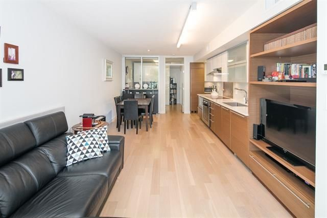 """Photo 13: Photos: 211 1635 W 3RD Avenue in Vancouver: False Creek Condo for sale in """"THE LUMEN"""" (Vancouver West)  : MLS®# R2230902"""