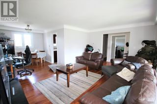 Photo 6: 114 SMITHFIELD CRESCENT in Kingston: House for sale : MLS®# 1263977