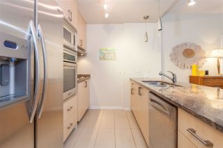 """Photo 7: 504 1211 MELVILLE Street in Vancouver: Coal Harbour Condo for sale in """"THE RITZ"""" (Vancouver West)  : MLS®# R2143685"""