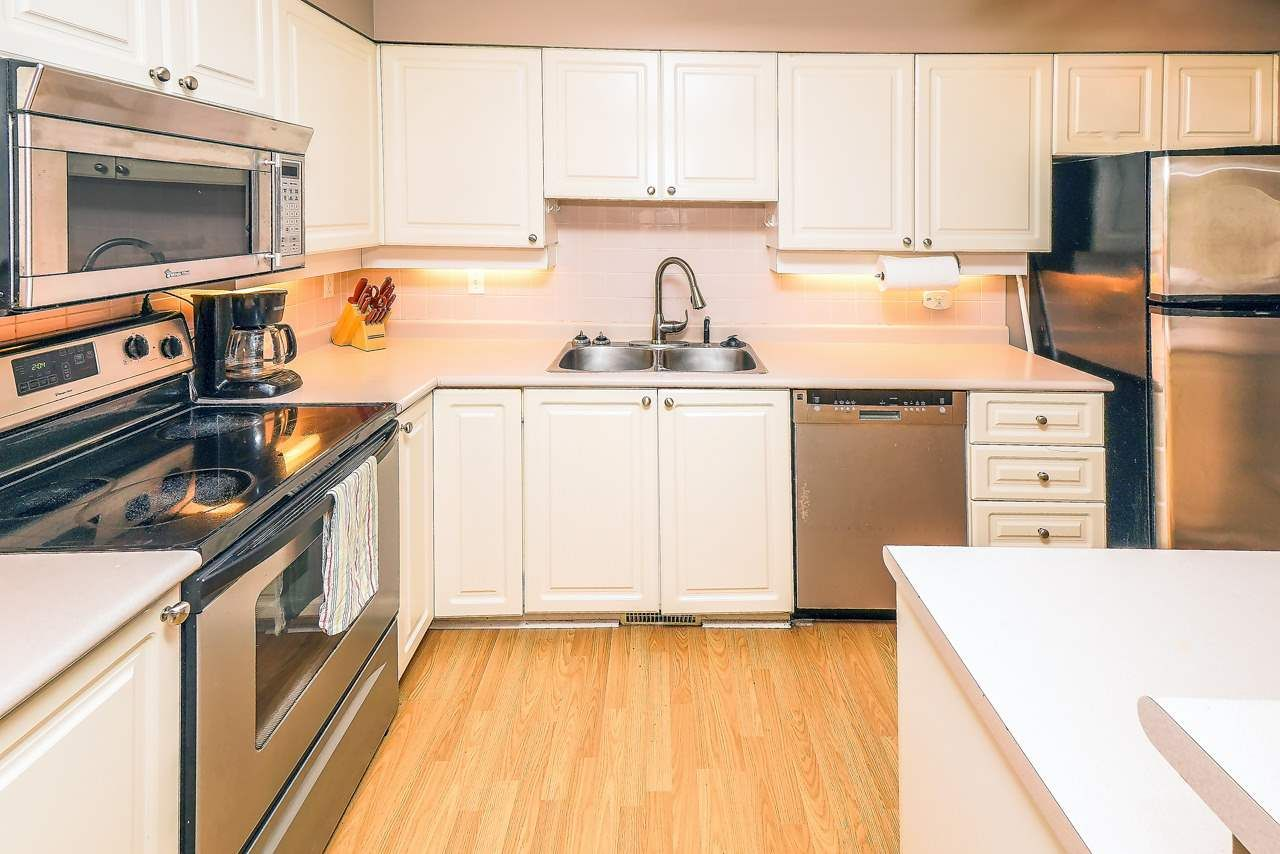 """Photo 5: Photos: 26 21960 RIVER Road in Maple Ridge: West Central Townhouse for sale in """"FOXBOROUGH HILLS"""" : MLS®# R2490584"""