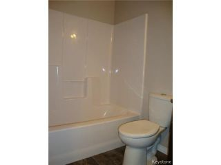 Photo 13: 363 RUTLAND Street in WINNIPEG: St James Residential for sale (West Winnipeg)  : MLS®# 1315826