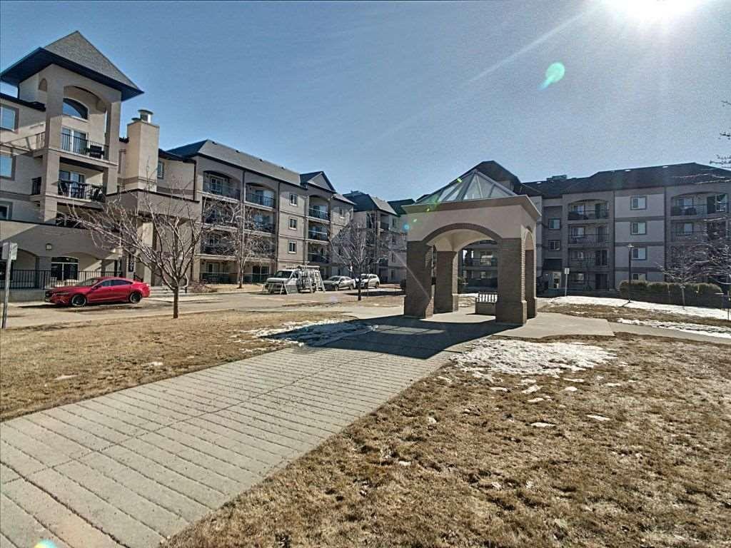 Main Photo: 216 - 13005 140 Avenue in Edmonton: Zone 27 Condo for sale : MLS®# E4232988