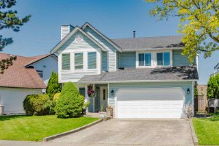"""Photo 1: 20755 50B Avenue in Langley: Langley City House for sale in """"Excelsior Estates"""" : MLS®# R2482483"""