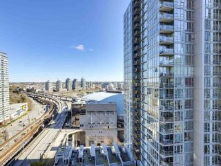 "Photo 8: 1709 602 CITADEL Parade in Vancouver: Downtown VW Condo for sale in ""Spectrum 4"" (Vancouver West)  : MLS®# R2565583"