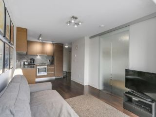 Photo 6: 705 565 SMITHE STREET in Vancouver: Downtown VW Condo for sale (Vancouver West)  : MLS®# R2116160