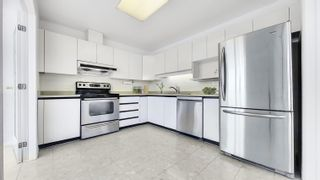 """Photo 5: 1500 6521 BONSOR Avenue in Burnaby: Metrotown Condo for sale in """"SYMPHONY 1"""" (Burnaby South)  : MLS®# R2619713"""