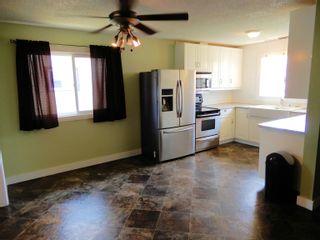 Photo 3: 7915 137 Avenue in Edmonton: Zone 02 House for sale : MLS®# E4258913