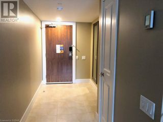 Photo 2: 9 HARBOUR Street E Unit# 2113 in Collingwood: Condo for sale : MLS®# 40060688
