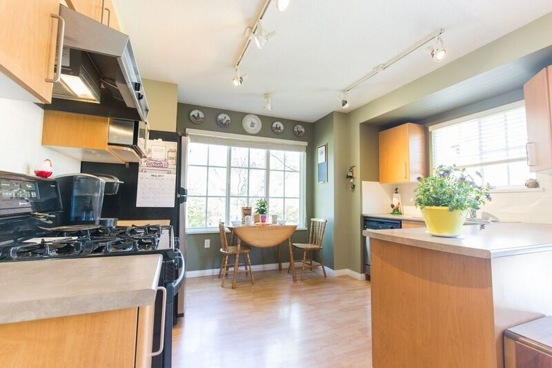 """Photo 8: Photos: 9181 CAMERON Street in Burnaby: Sullivan Heights Townhouse for sale in """"STONEBROOK"""" (Burnaby North)  : MLS®# R2170237"""