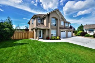 """Photo 2: 6723 WESTMOUNT Crescent in Prince George: Lafreniere House for sale in """"WESTGATE"""" (PG City South (Zone 74))  : MLS®# R2483645"""