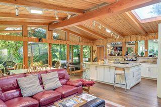 Photo 11: 411 VILLAGE BAY Road: Mayne Island House for sale (Islands-Van. & Gulf)  : MLS®# R2615505