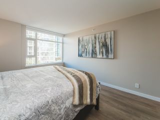 Photo 10: 706 198 AQUARIUS MEWS in Vancouver: Yaletown Condo for sale (Vancouver West)  : MLS®# R2424836