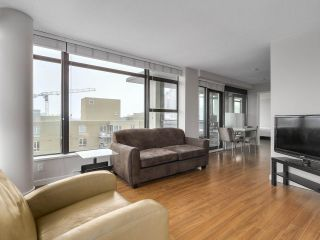 "Photo 8: 1507 1068 W BROADWAY in Vancouver: Fairview VW Condo for sale in ""The Zone"" (Vancouver West)  : MLS®# R2137350"