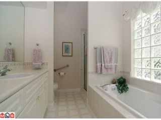 Photo 3: 4277 SHEARWATER Drive in Abbotsford: Abbotsford East House for sale : MLS®# F1223328