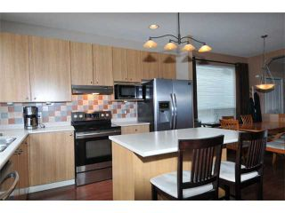 """Photo 5: 10262 242B Street in Maple Ridge: Albion House for sale in """"COUNTRY LANE"""" : MLS®# V1046652"""