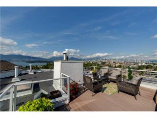 "Photo 2: PH22 2175 W 3RD Avenue in Vancouver: Kitsilano Condo for sale in ""SEA BREEZE"" (Vancouver West)  : MLS®# V1140855"