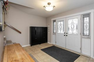 Photo 3: 8 Elaine Place in Winnipeg: Residential for sale (3F)  : MLS®# 202028167