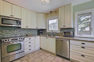 Photo 11: 2 Kelwood Crescent SW in Calgary: Glendale Detached for sale : MLS®# A1114771