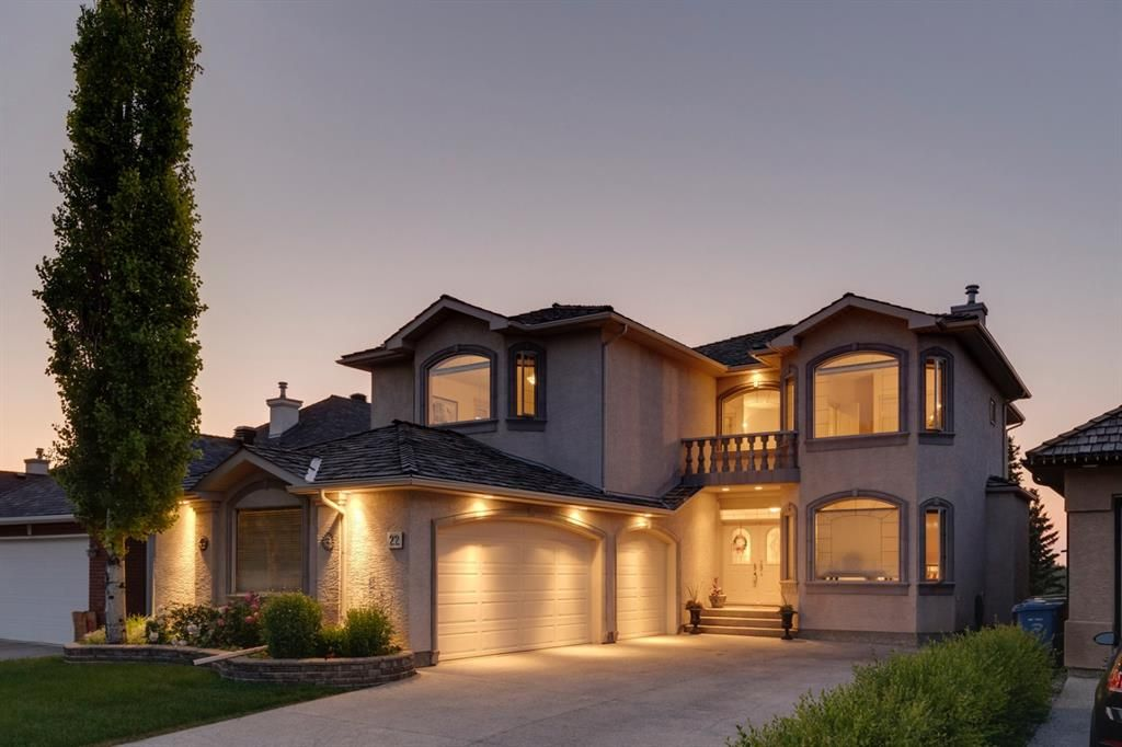 Main Photo: 22 Shawnee Grove SW in Calgary: Shawnee Slopes Detached for sale : MLS®# A1121593