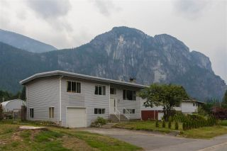 "Photo 1: 38134 WESTWAY Avenue in Squamish: Valleycliffe House for sale in ""Valleycliffe"" : MLS®# R2206944"