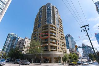 """Photo 1: 604 789 DRAKE Street in Vancouver: Downtown VW Condo for sale in """"CENTURY TOWER"""" (Vancouver West)  : MLS®# R2426940"""