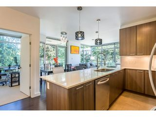 """Photo 8: 401 2789 SHAUGHNESSY Street in Port Coquitlam: Central Pt Coquitlam Condo for sale in """"""""THE SHAUGHNESSY"""""""" : MLS®# R2475869"""