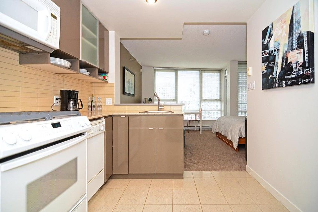 Main Photo: 1501 939 Expo Blvd in Vancouver: Yaletown Condo for sale (Vancouver West)  : MLS®# R2177670