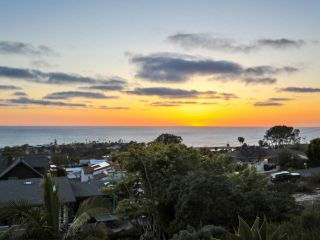 Photo 11: SOLANA BEACH House for sale : 4 bedrooms : 459 Marview Drive