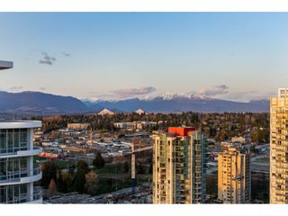 """Photo 33: 2703 13303 CENTRAL Avenue in Surrey: Whalley Condo for sale in """"The Wave at Central City"""" (North Surrey)  : MLS®# R2557786"""