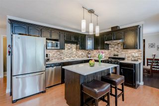 Photo 12: 10519 WOODGLEN Place in Surrey: Fraser Heights House for sale (North Surrey)  : MLS®# R2586813