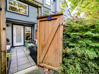 "Photo 33: 13 888 W 16TH Avenue in Vancouver: Fairview VW Townhouse for sale in ""LAUREL MEWS"" (Vancouver West)  : MLS®# R2510599"