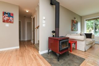 Photo 16: 2518 Dunsmuir Ave in : CV Cumberland House for sale (Comox Valley)  : MLS®# 877028