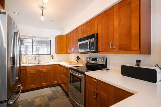 """Photo 8: 9 2151 BANBURY Road in North Vancouver: Deep Cove Townhouse for sale in """"Mariner's Cove"""" : MLS®# R2585688"""