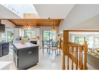 """Photo 5: 5693 246B Street in Langley: Salmon River House for sale in """"Strawberry Hills"""" : MLS®# R2581295"""
