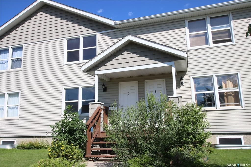 Main Photo: 3 209 Camponi Place in Saskatoon: Fairhaven Residential for sale : MLS®# SK866779