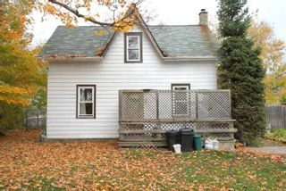 Photo 2: 2776 Perry Avenue in Ramara: Brechin House (1 1/2 Storey) for sale : MLS®# S4960540