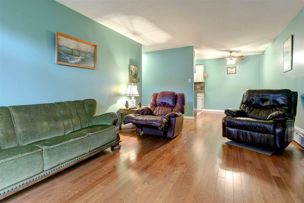 """Photo 10: Photos: 310 466 E EIGHTH Avenue in New Westminster: Sapperton Condo for sale in """"PARK VILLA"""" : MLS®# R2117704"""