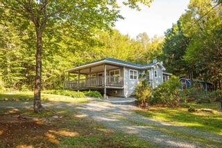 Photo 1: 28 BEECHWOOD Drive in Conquerall Mills: 405-Lunenburg County Residential for sale (South Shore)  : MLS®# 202124292