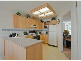 """Photo 4: 51 7875 122 Street in Surrey: West Newton Townhouse for sale in """"The Georgian"""" : MLS®# F1404856"""