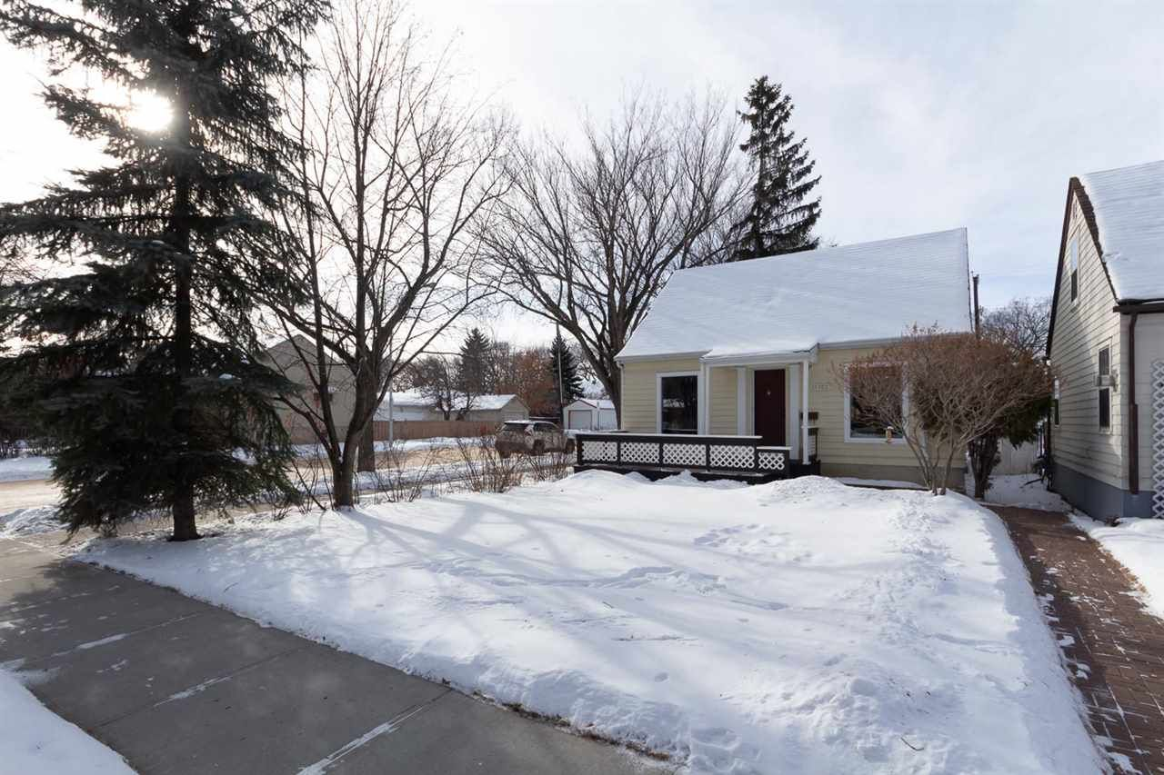 Main Photo: 11702 89 Street NW in Edmonton: Zone 05 House for sale : MLS®# E4229743