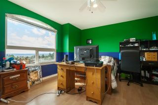 Photo 25: 8278 MCINTYRE Street in Mission: Mission BC House for sale : MLS®# R2448056